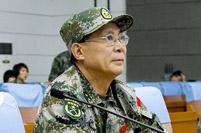 """专访""""前卫-211""""副总导演、济南军区副司令员冯兆举"""